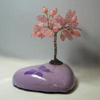 Дерево счастья из розового кварца на сердечке