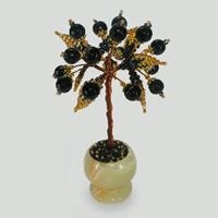 Миниатюрное дерево счастья из шпинели в вазочке из оникса