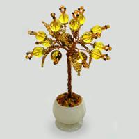 Миниатюрное дерево из янтаря в вазочке из оникса